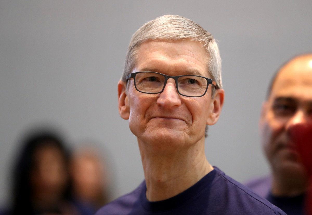 Tim Cook tries to justify Apple's position