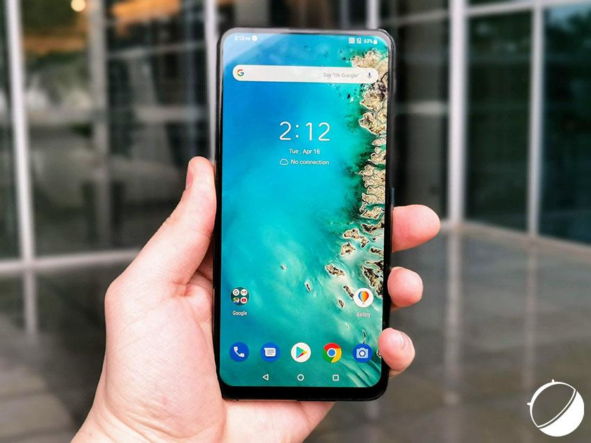 Zenfone 6 : le nouveau smartphone haut de gamme d'Asus est officialisé