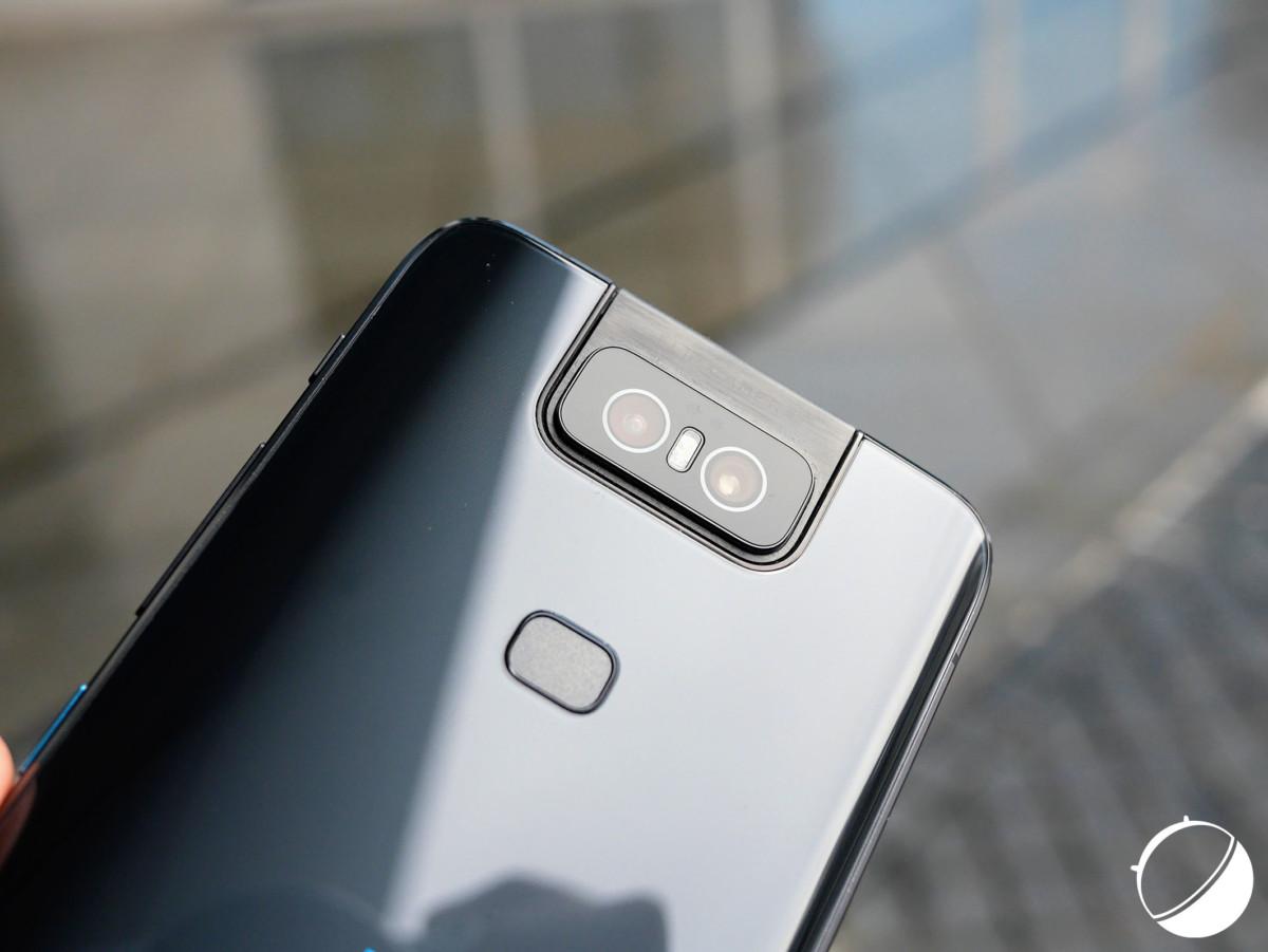 L'appareil photo replié du Zenfone 6