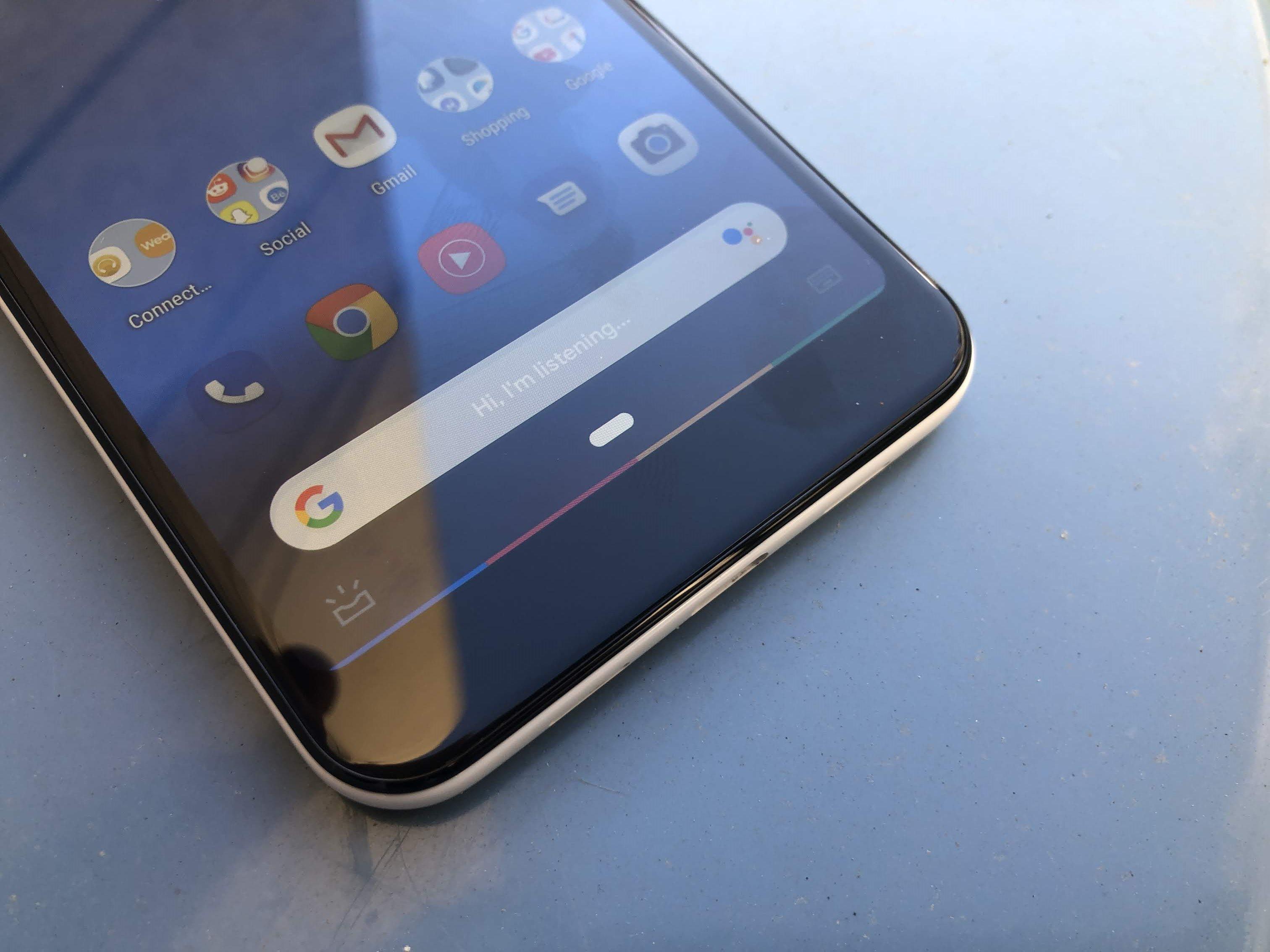 Google Assistant : un nouveau design plus transparent en test