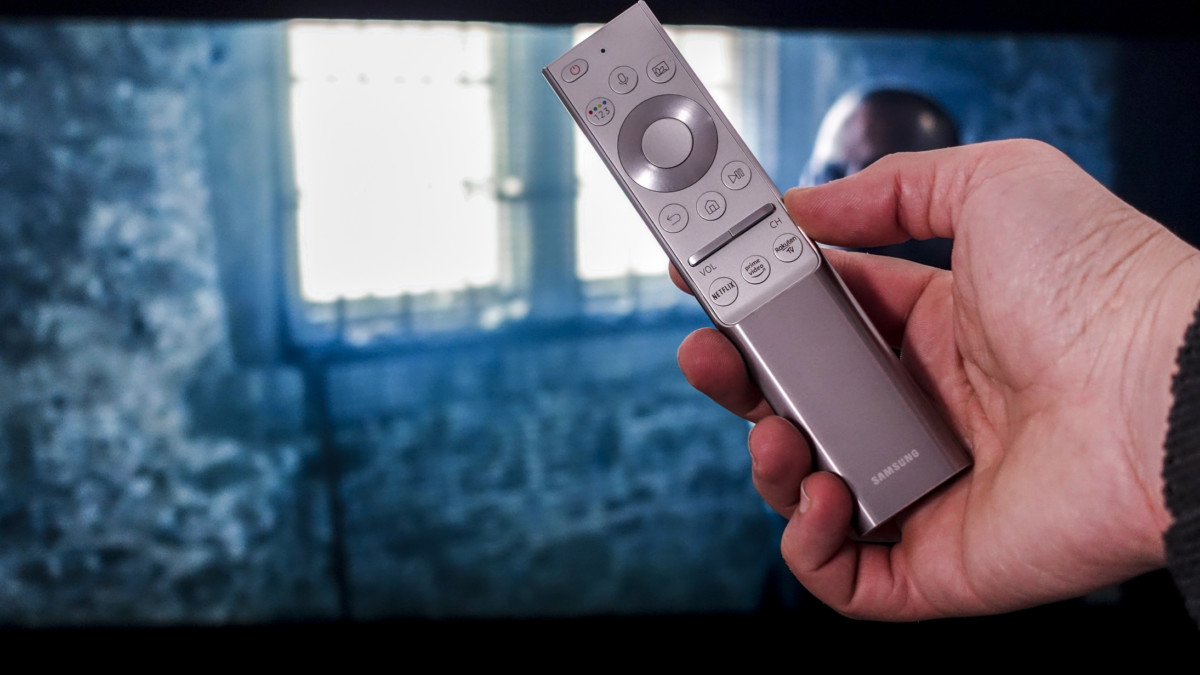 Télécommande de la Samsung QE65Q85R