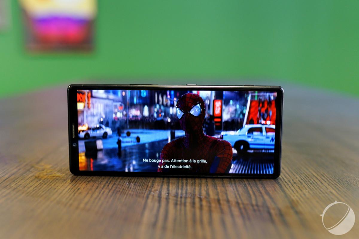 Sony Xperia1 avec son écran4K en 21:9