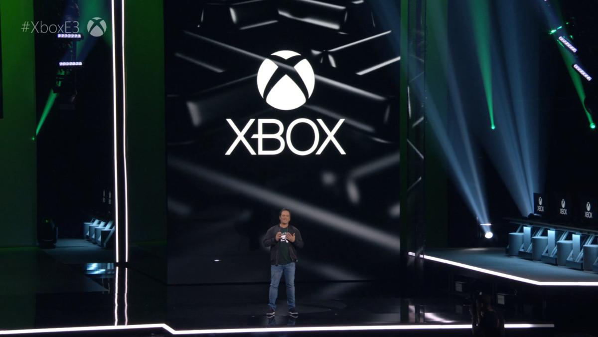 Phil Spencer sur scène à l'E3