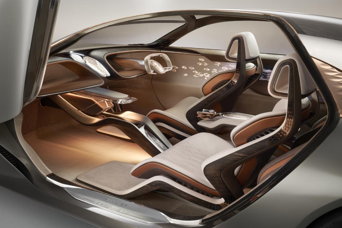 Bentley EXP 100 GT : un concept électrique et autonome tout droit venu de 2035