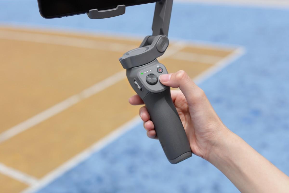 DJI Osmo Mobile 3 officialisé : le stabilisateur se plie pour mieux entrer dans votre sac