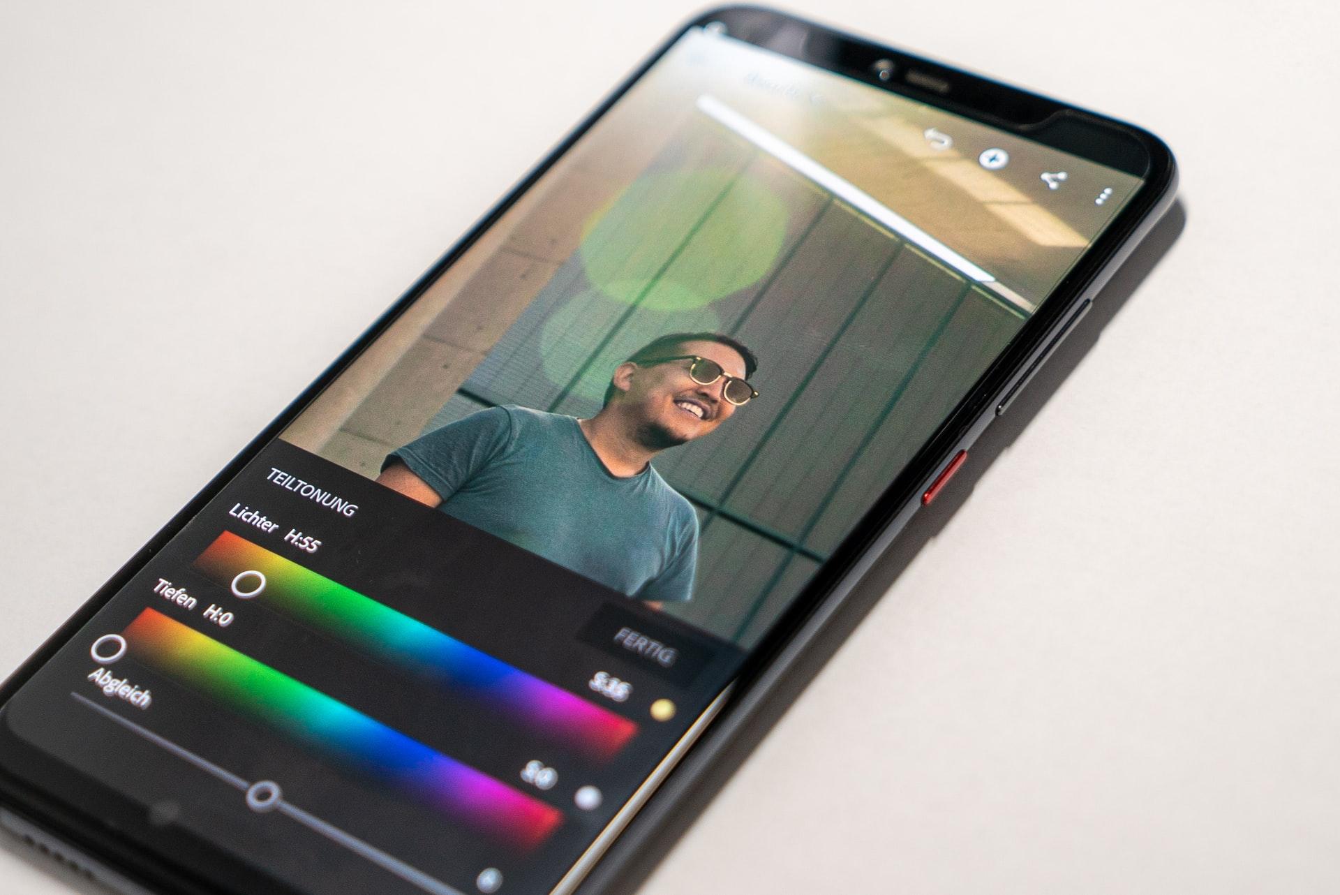 Les meilleures applications de retouche photo sur smartphone Android et iOS