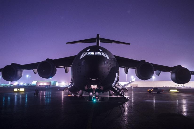 Un avion militaire américain.