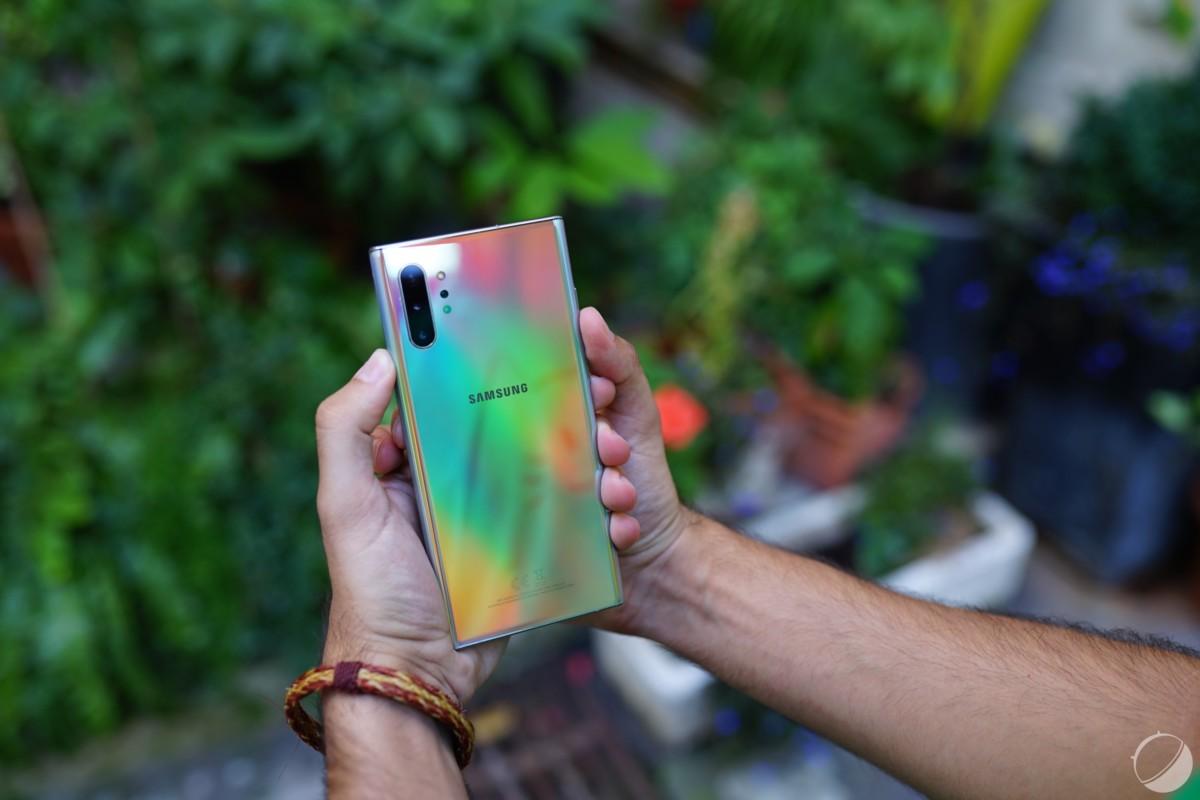 Un Samsung Galaxy Note10, à ne pas sortir sans coque