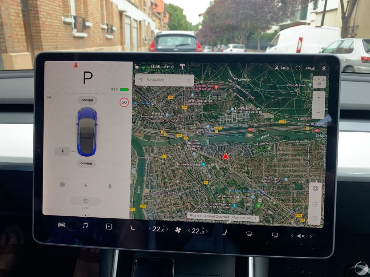 c tesla model 3 frandroid img 1072 1200x900 - O Tesla Mannequin 3 é um objeto tecnológico: descubra sua interface e seus gadgets - FrAndroid