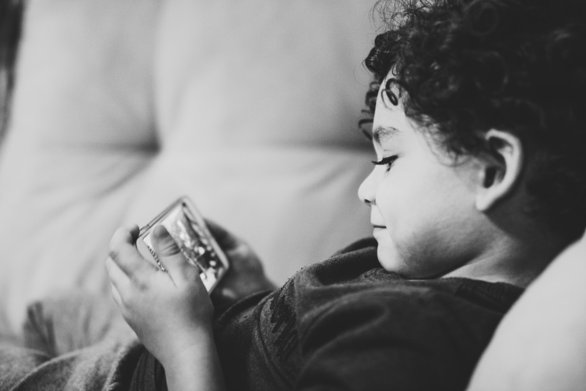 Comment bien choisir le smartphone de ses enfants ? Nos astuces