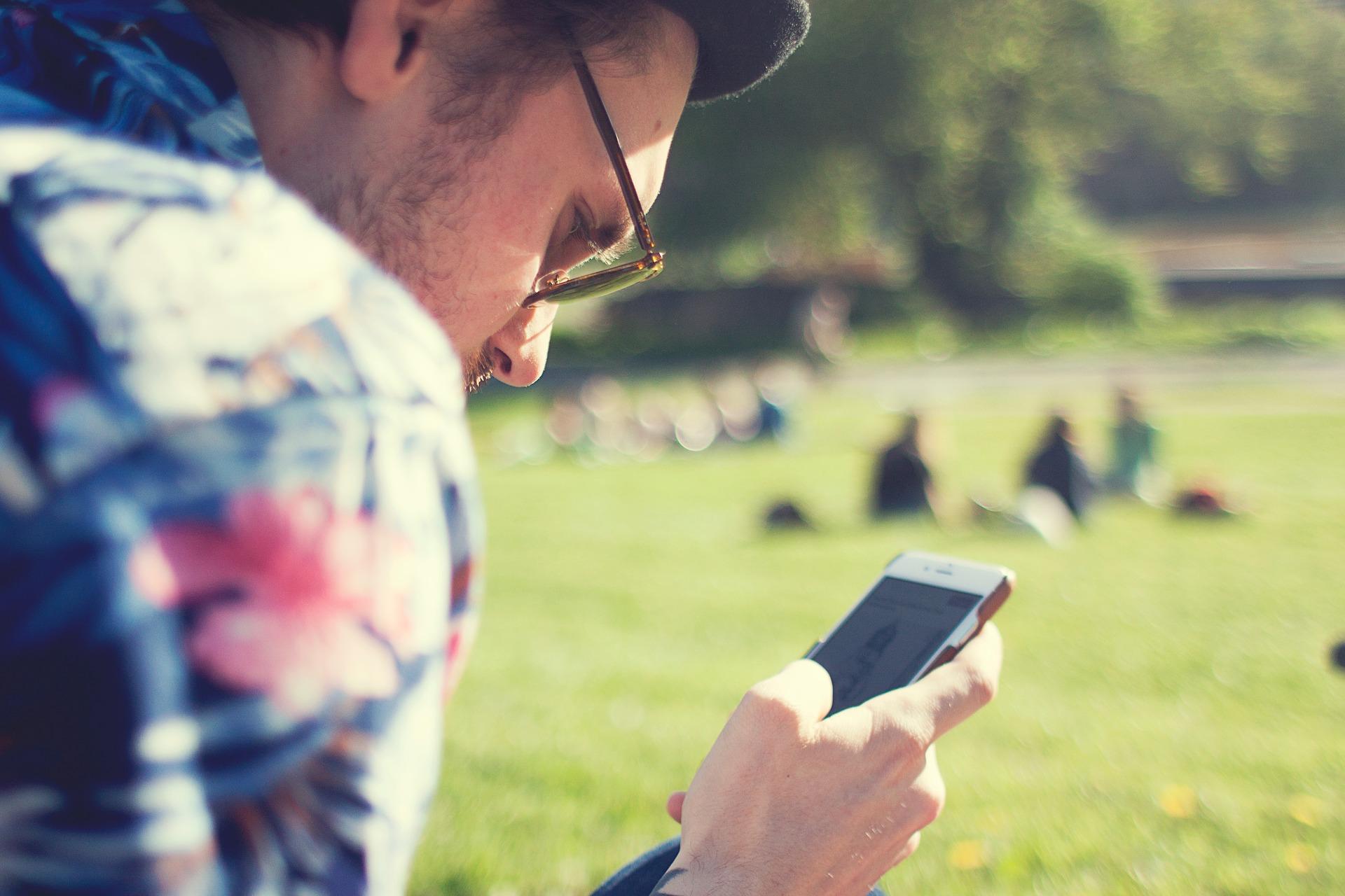 Dans le numérique, les smartphones représentent à eux seuls 80% des émissions de gaz à effets de serre en France