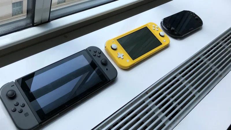 Nintendo Switch à mi-chemin entre Switch et PS Vita. Crédit: Kotaku