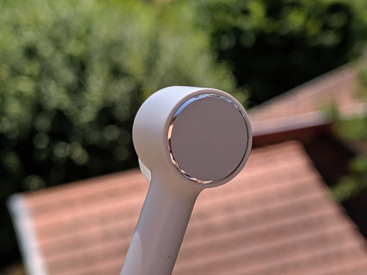Remarquez le cerclage effet aluminium plutôt sympa