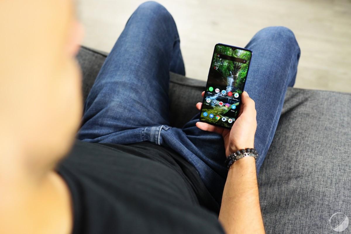 Xiaomi Mi Note 10 vs OnePlus 7T : lequel est le meilleur smartphone ?