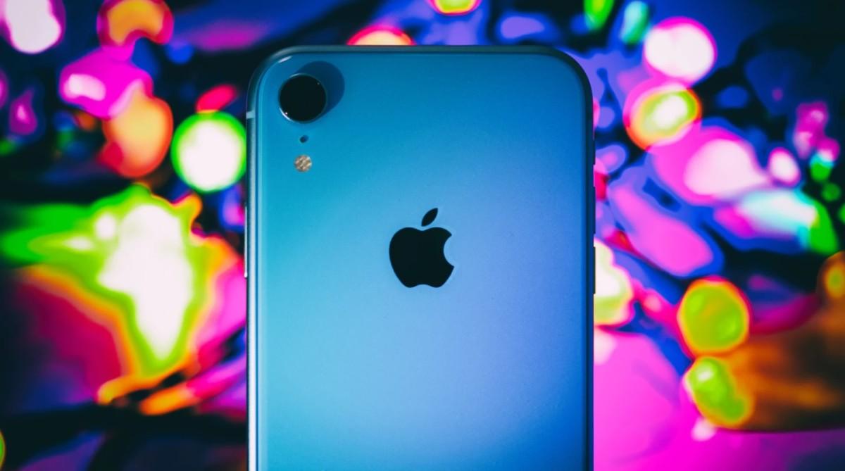 iPhone XR, crédit: AB / Unsplash