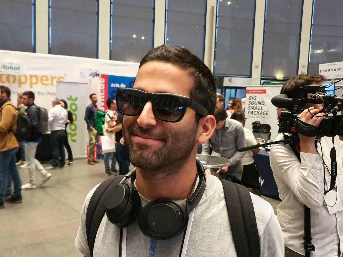 Ces lunettes Bluetooth permettent d'écouter de la musique et de frimer en société