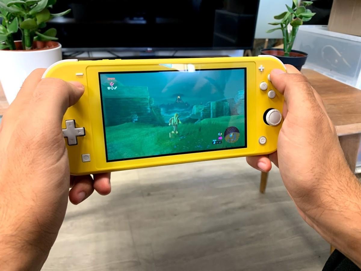 Nos photos de la Nintendo Switch Lite : on est déjà fans du format