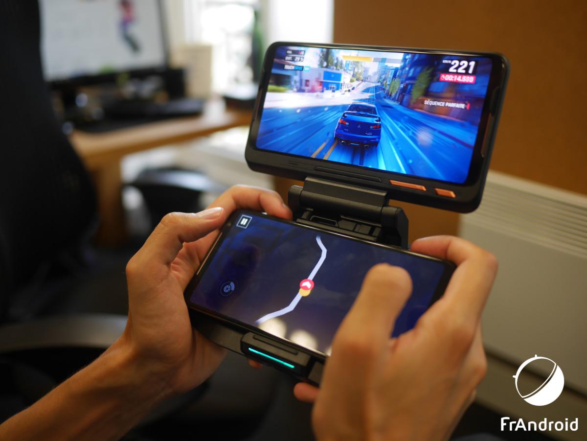Asus ROG Phone 2 avec l'accessoire Twinview