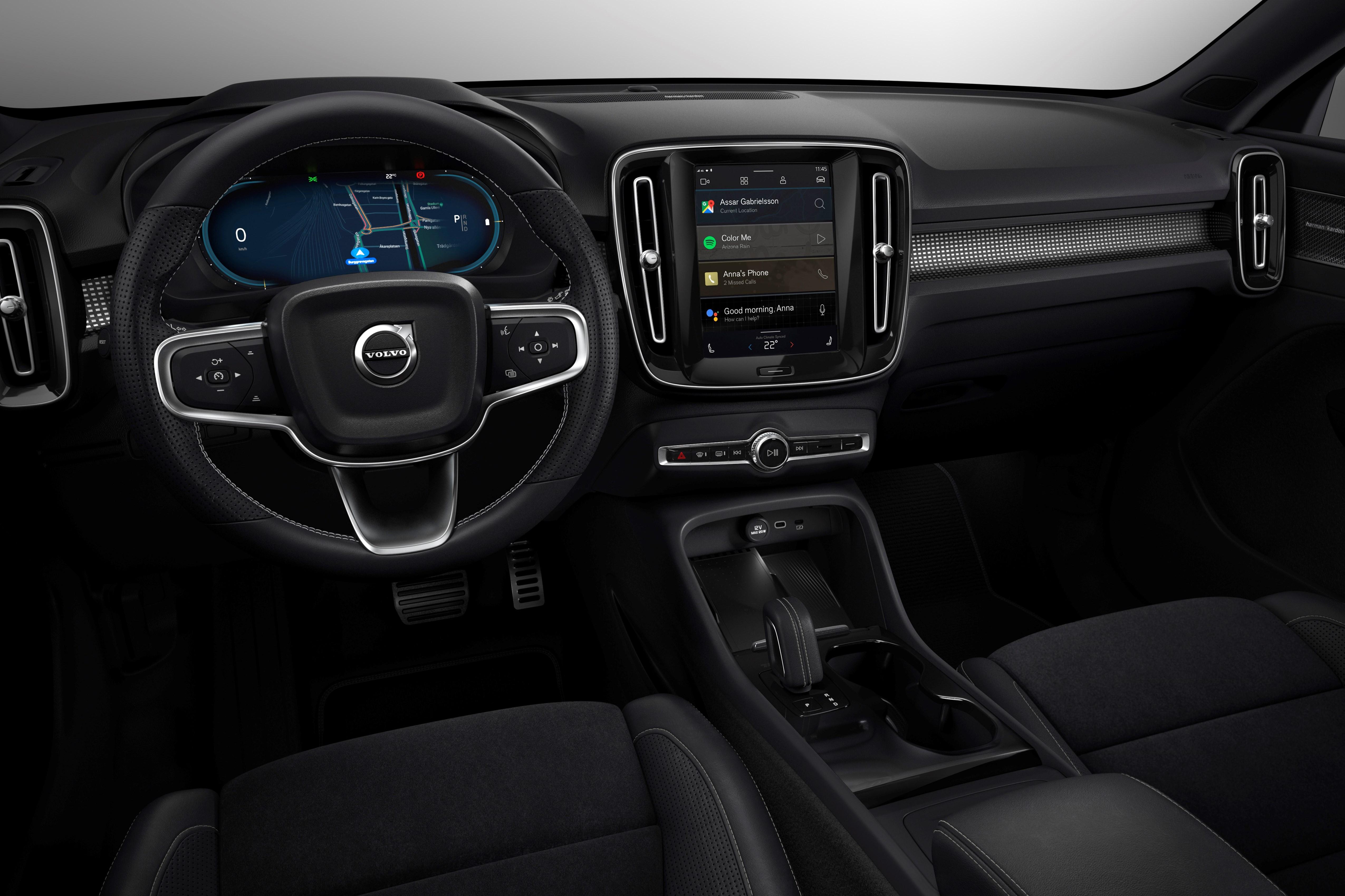 Voici le nouveau Volvo XC40 et ses 408 chevaux électrifiés