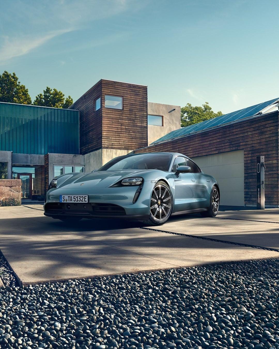 La famille Taycan s'agrandit avec l'arrivée de la 4S — Porsche