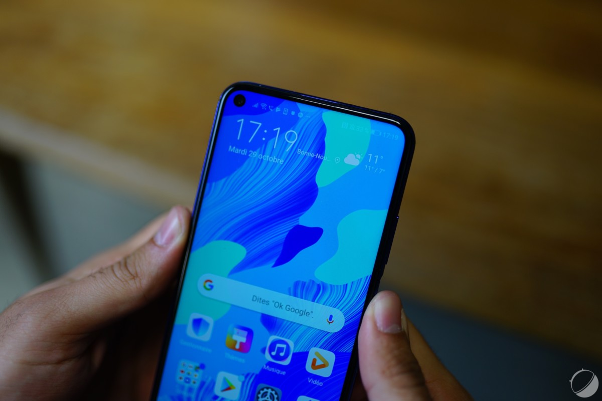 c huawei nova 5t frandroid dsc03582 1200x800 - The Huawei Nova 5T is available at Orange and Sosh with a 360 ° camera - FrAndroid