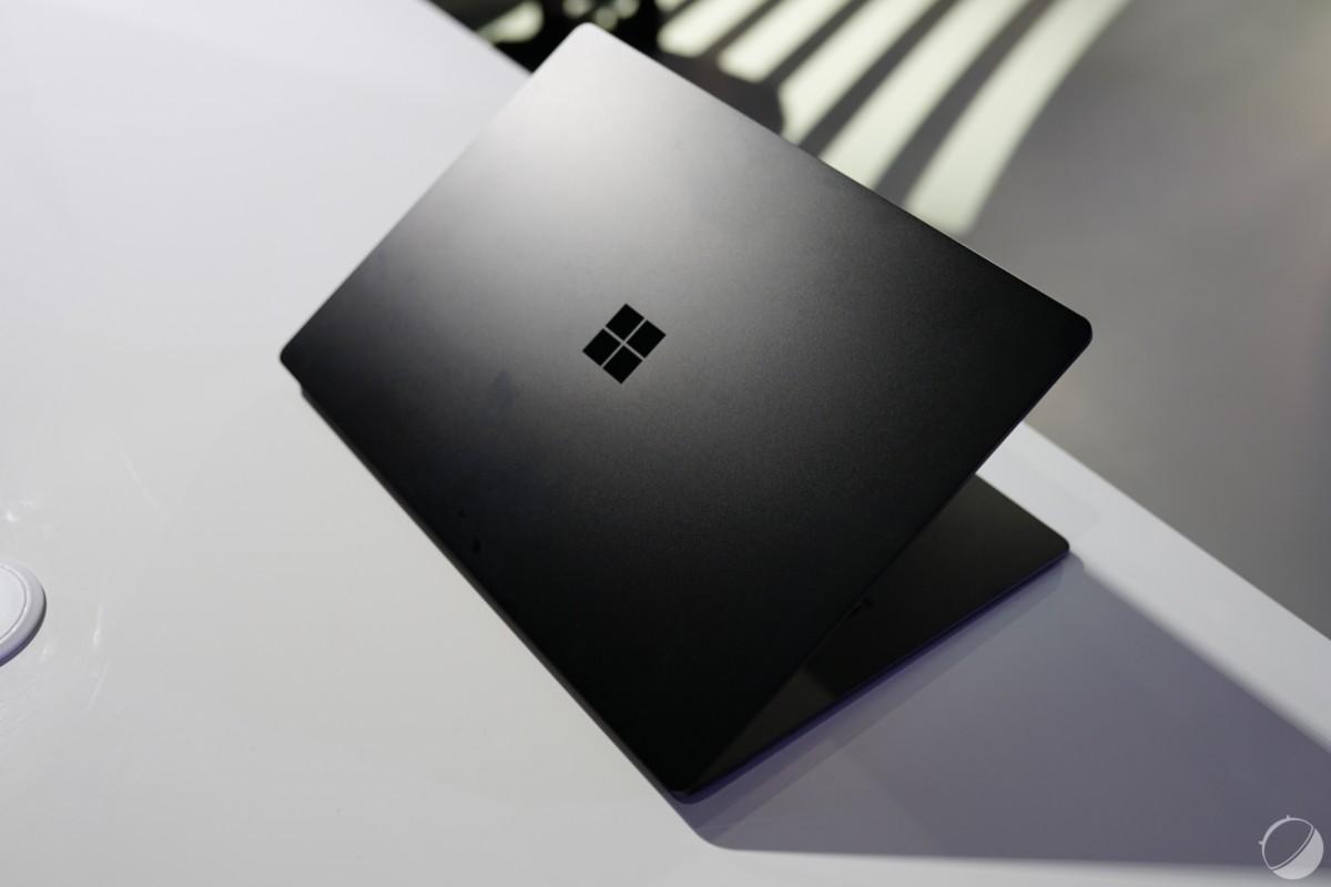 Ici le Surface Laptop 3, qui fait lui aussi l'impasse sur la connectique Thunderbolt 3.