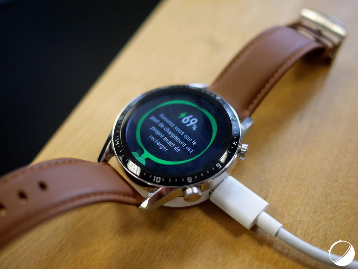La recharge de la Huawei Watch GT 2 se fait par prise USB-C