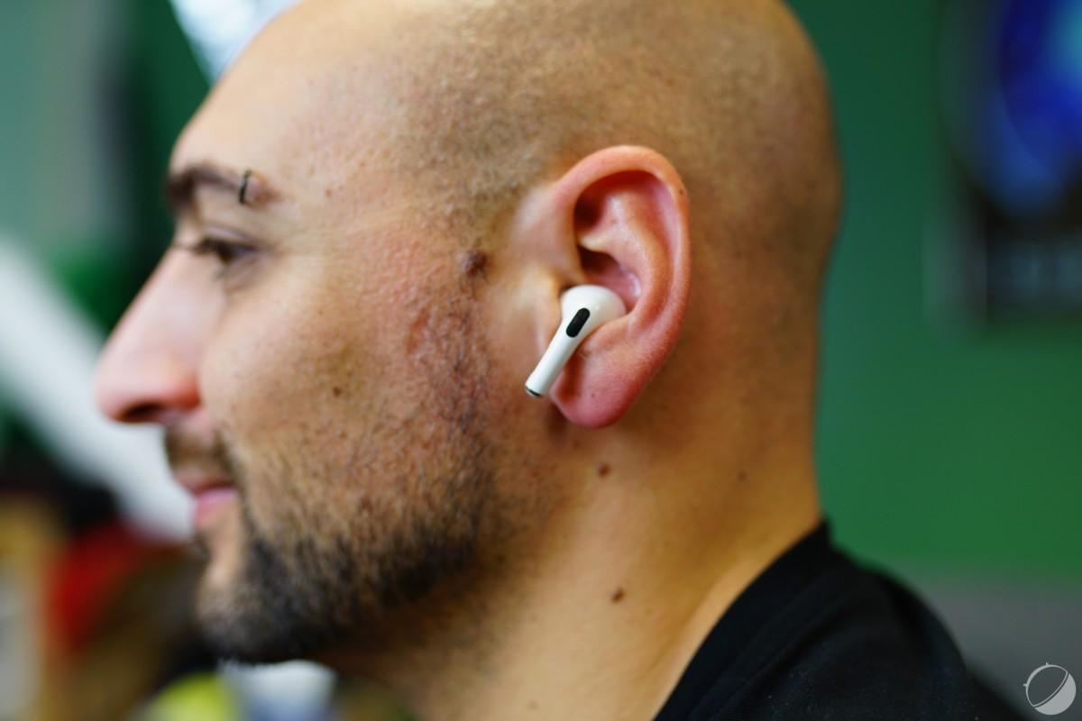 AirPods Pro dans l'oreille
