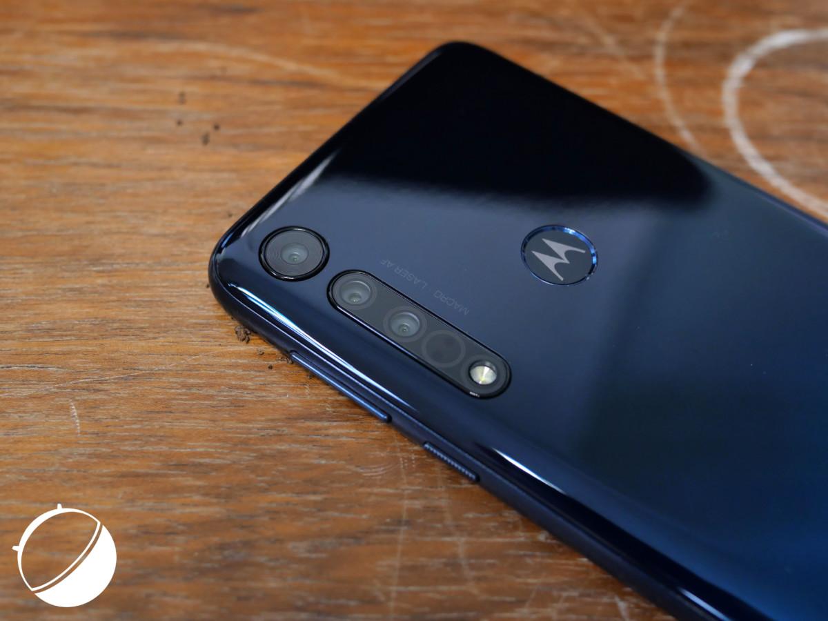 Quatre modules photo pour le Motorola One Macro.
