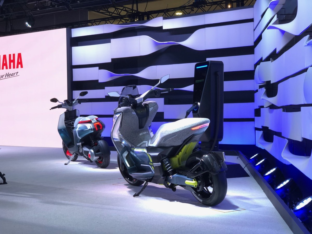 Yamaha E01 et E02