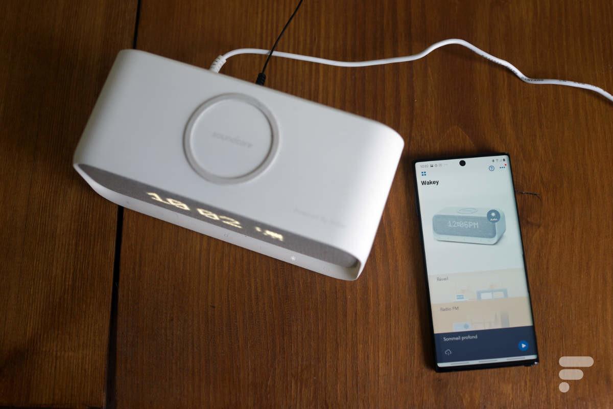 Le Wakey et son application sur un Galaxy Note 10