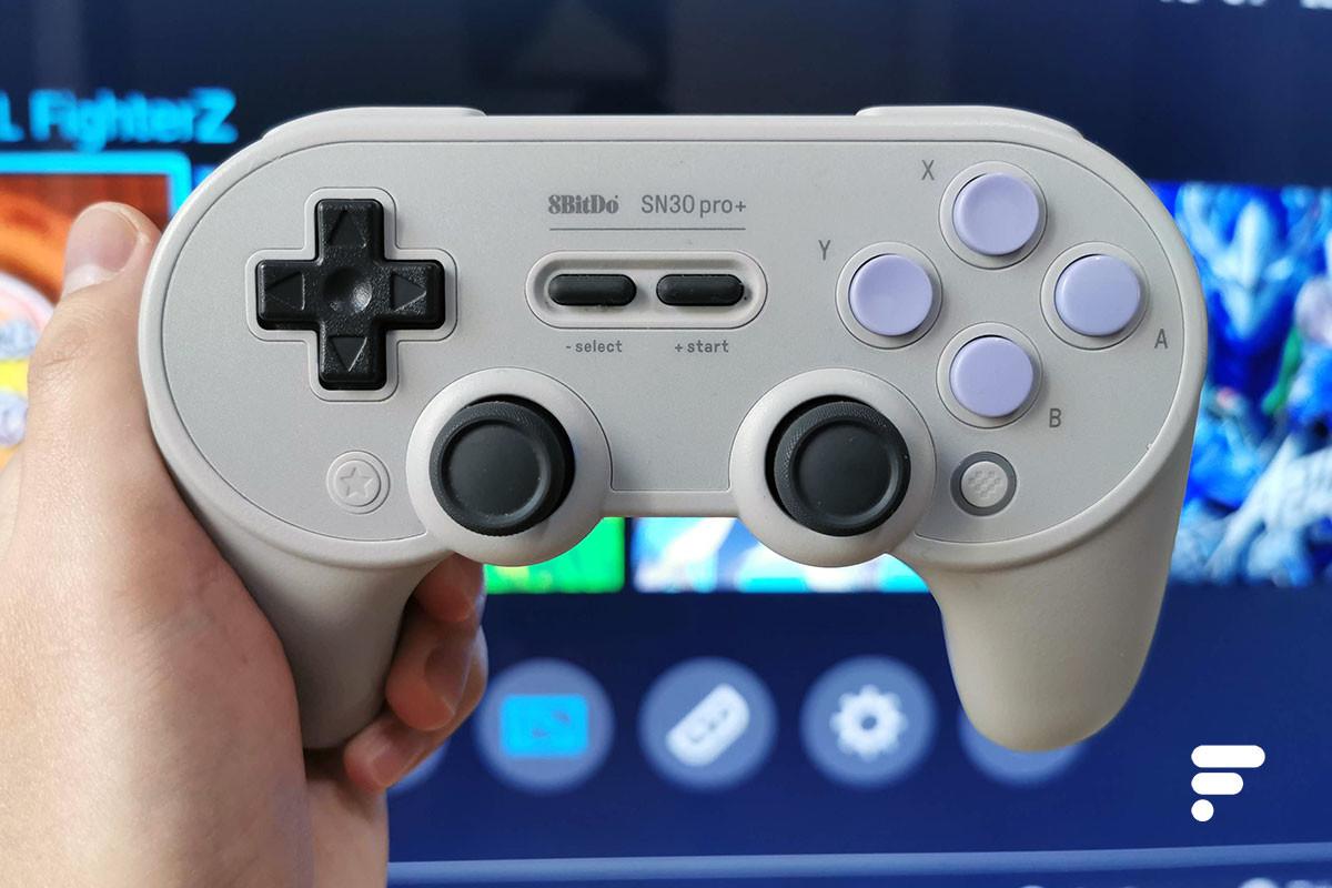 En appuyant sur Start+Y, la manette se lancera en mode Nintendo Switch