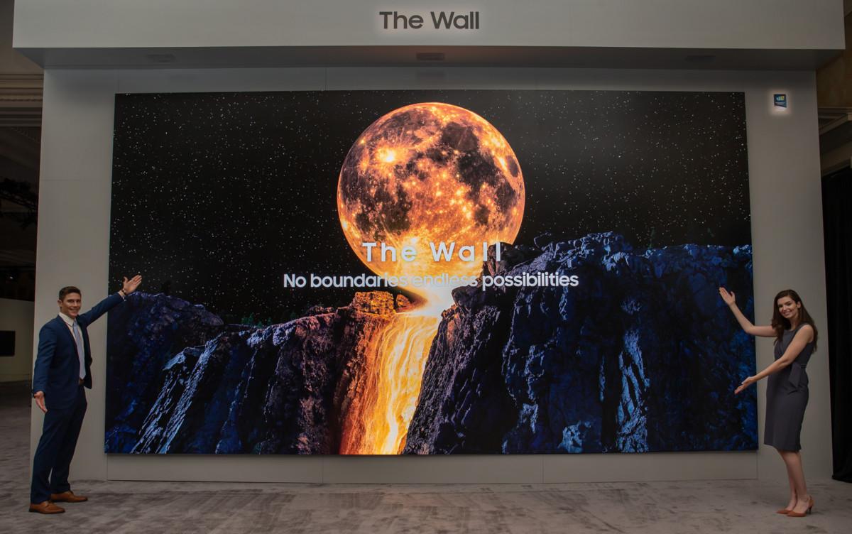 L'énorme écran Samsung The Wall présenté au CES2020 (292 pouces en définition8K)