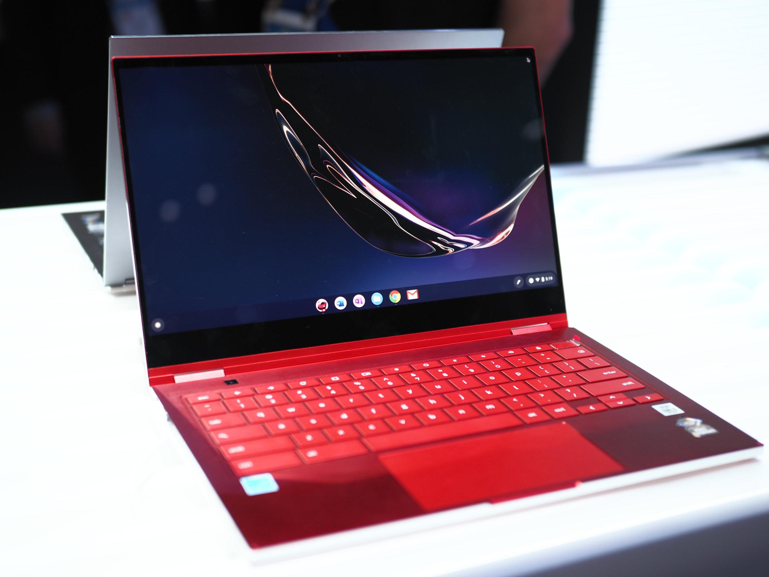Prise en main du Samsung Galaxy Chromebook : à quand la version Windows 10 ?