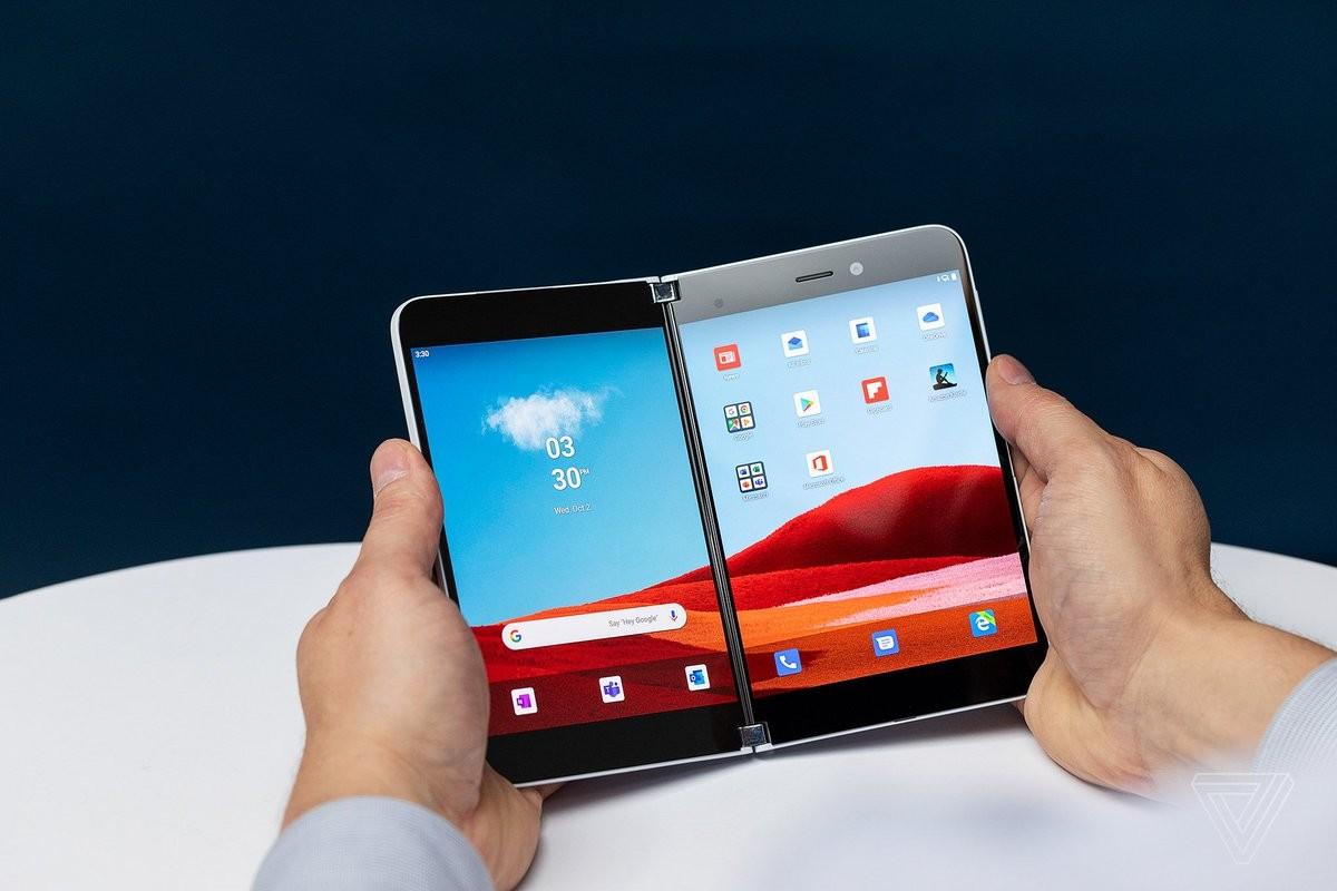 Premier appareil Android de Microsoft, le Surface Duo verra son logiciel être dorénavant développé en interne