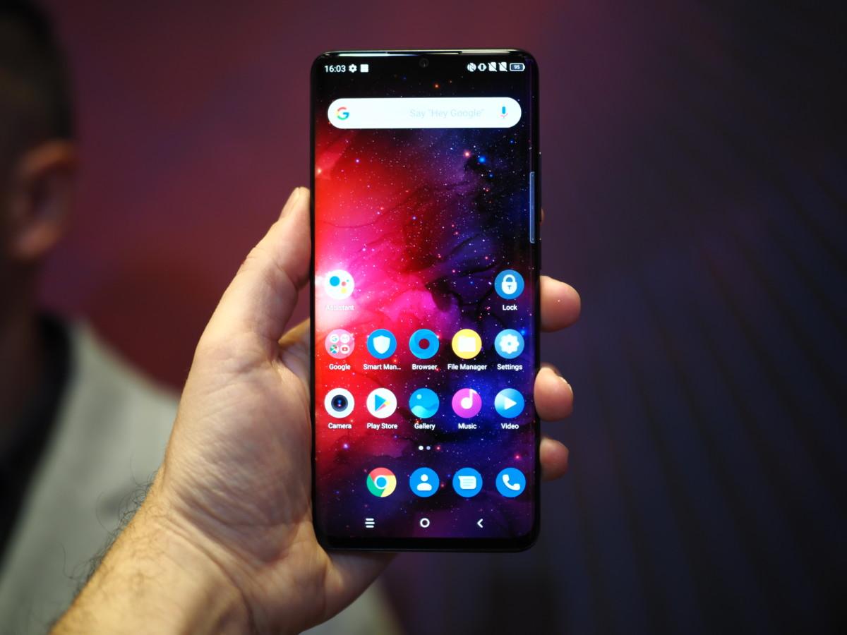 Le TCL 10 Pro est le plus intéressant des trois téléphones présentés.