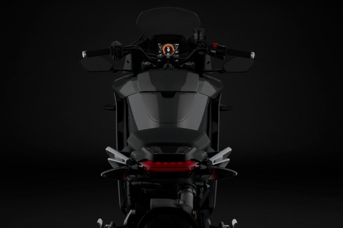 Zero officialise sa SR/S, nouvelle moto électrique carénée aux performances séduisantes