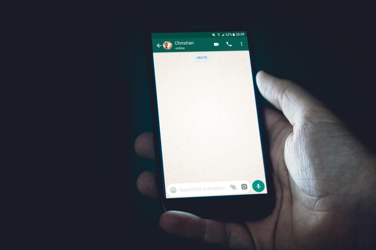 L'application WhatsApp sur smartphone