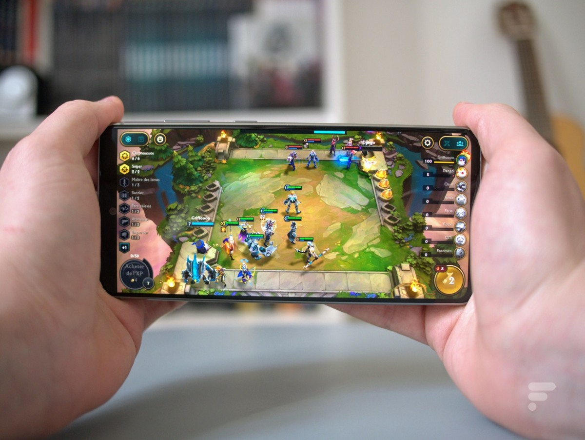 Teamfight Tactics sur un smartphone Android