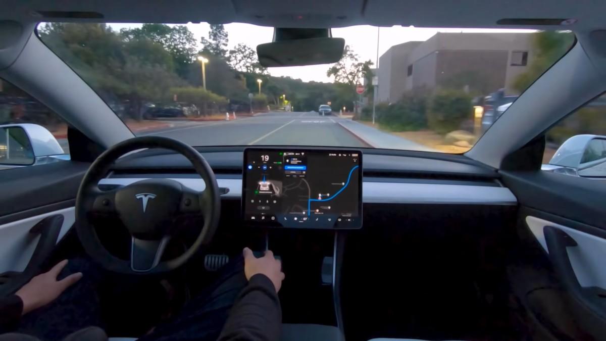 L'Autopilot de Tesla pourrait se transformer en un abonnement mensuel