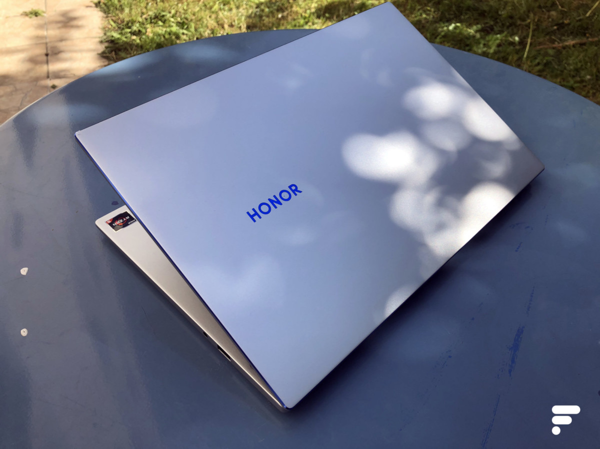 Le dos du Honor MagicBook 14