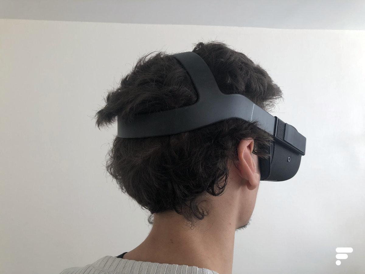 Oculus Quest vu de dos sur le joueur