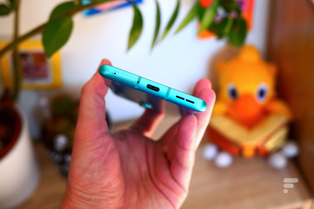 Tranche inférieure du OnePlus 8 Pro