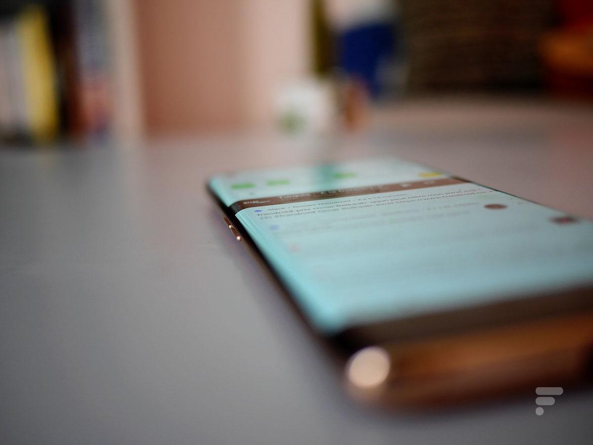 Les bords d'écran inrcuvés sur l'Oppo Find X2 Pro