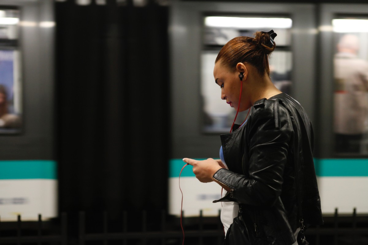 StopCovid utilise le Bluetooth pour tracer les déplacements des personnes