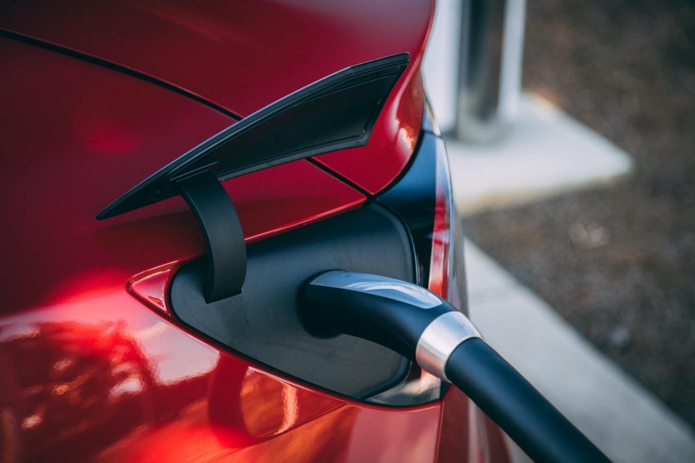 voiture electrique moins polluante