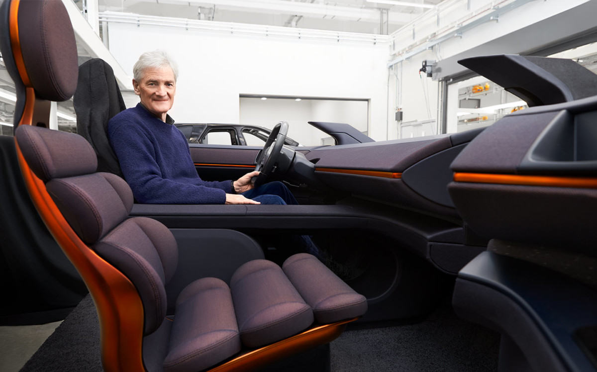 James Dyson dans son prototype