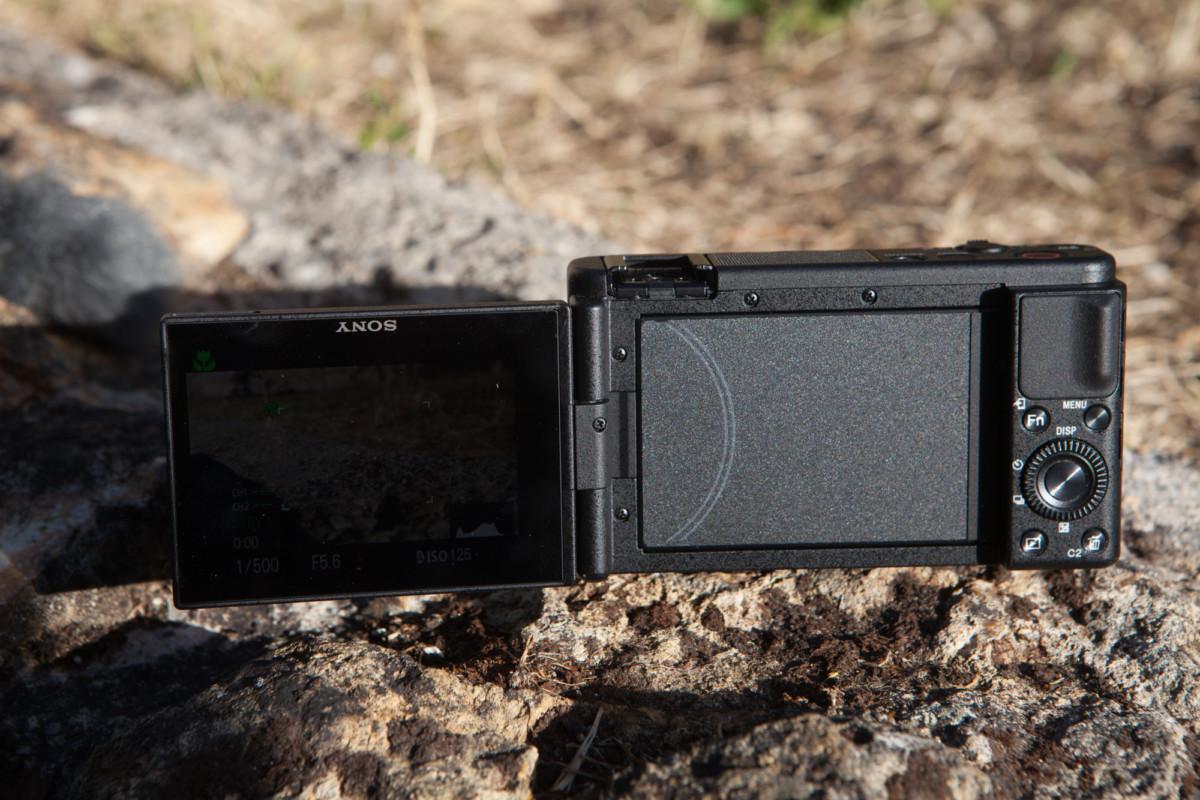 L'écran pivotable du Sony ZV-1