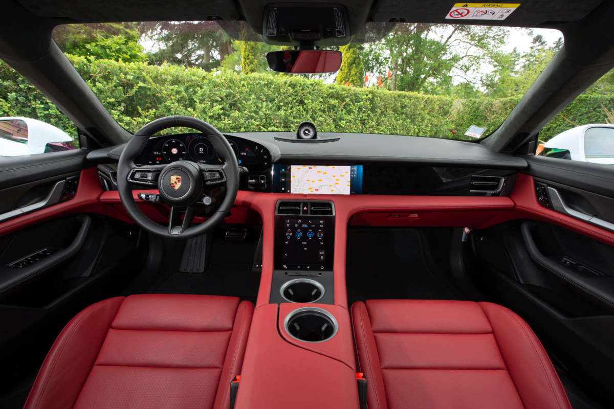 The interior of the Porsche Taycan