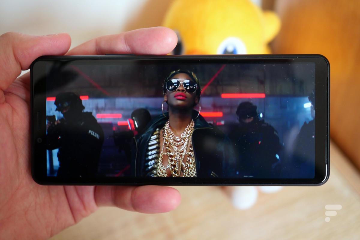 L'écran 21:9 du Sony Xperia 10 II